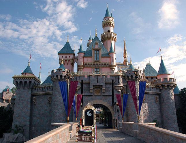 Amyrlin Disneyland