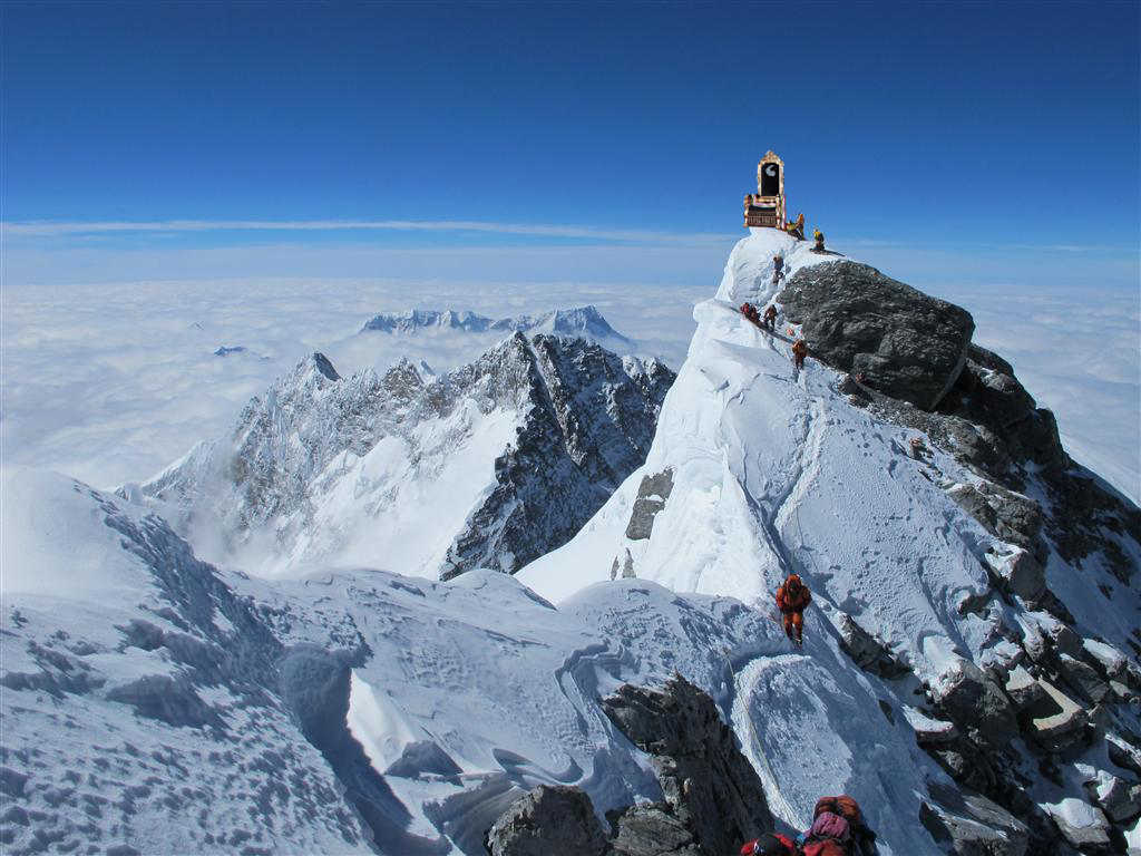 highest throne In The world