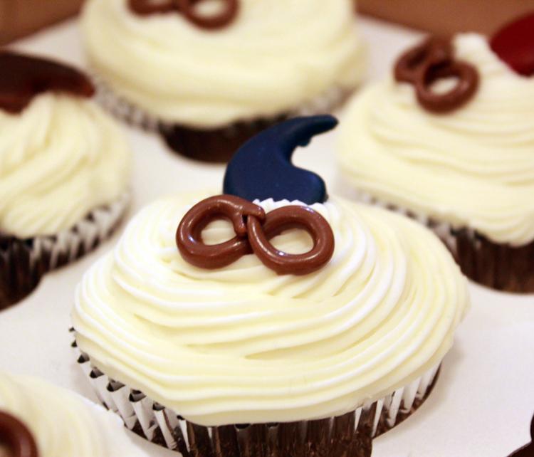 Fan Cupcakes