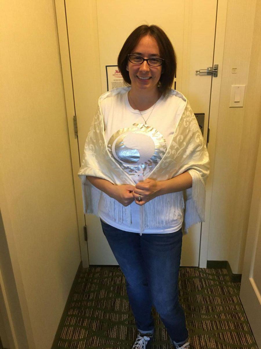 White Ajah shirt and shawl